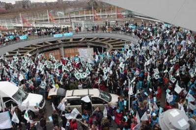 Blocage du Casino de Montréal par les travailleurs et les travailleuses membres du Syndicat de Champlain le 12 novembre dernier. (Crédits : Syndicat de Champlain)